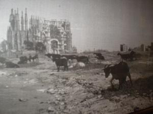 Sagrada Famillia back in the day